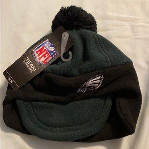 Boys one size Eagles winter hat